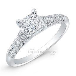 18k White Gold Classic Style Diamond Engagement Ring