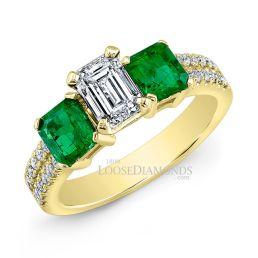 14k Yellow Gold Classic Style Green Emerald & Diamond Engagement Ring