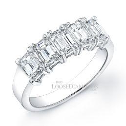 14k White Gold Classic Style Emerald Cut Diamond Wedding Ring