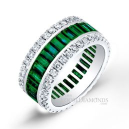 14k White Gold Classic Style Emerald & Diamond Cocktail Ring