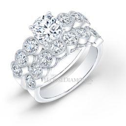 14k White Gold Classic Style Engraved Diamond Wedding Set