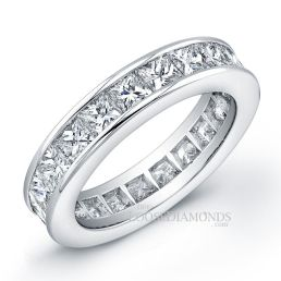 14k White Gold Modern Style Eternity Princess Cut Diamond Wedding Band